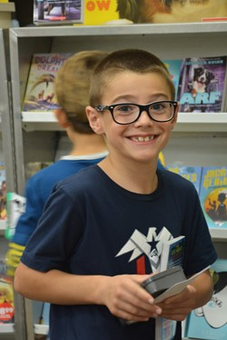 Washington students love the Book Fair