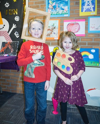 Students at the Art Contest