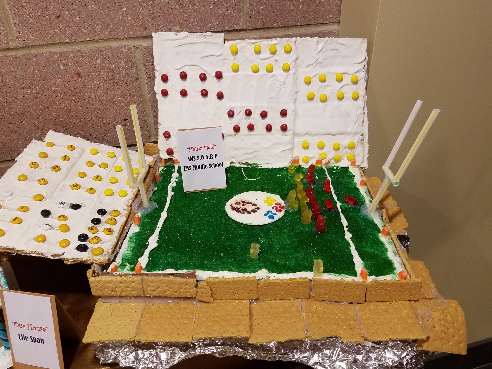 gingerbread houses displayed at the Bethel Park Community Center