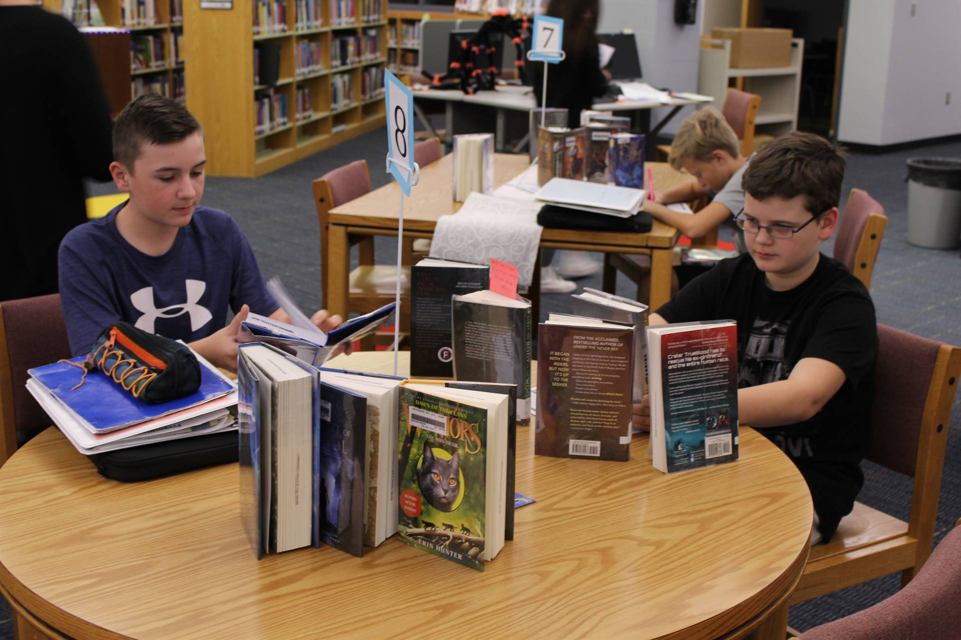 Students rate 10 books at the Book Tasting