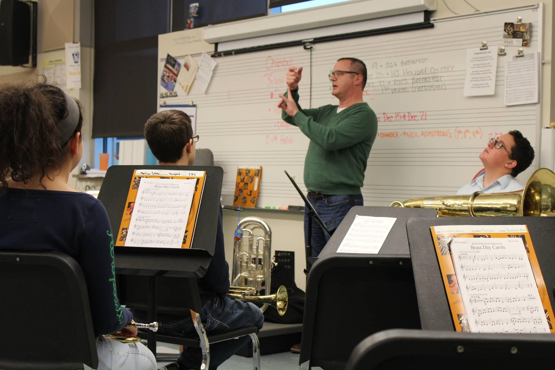 Mr. LaDuke leads the Master Class