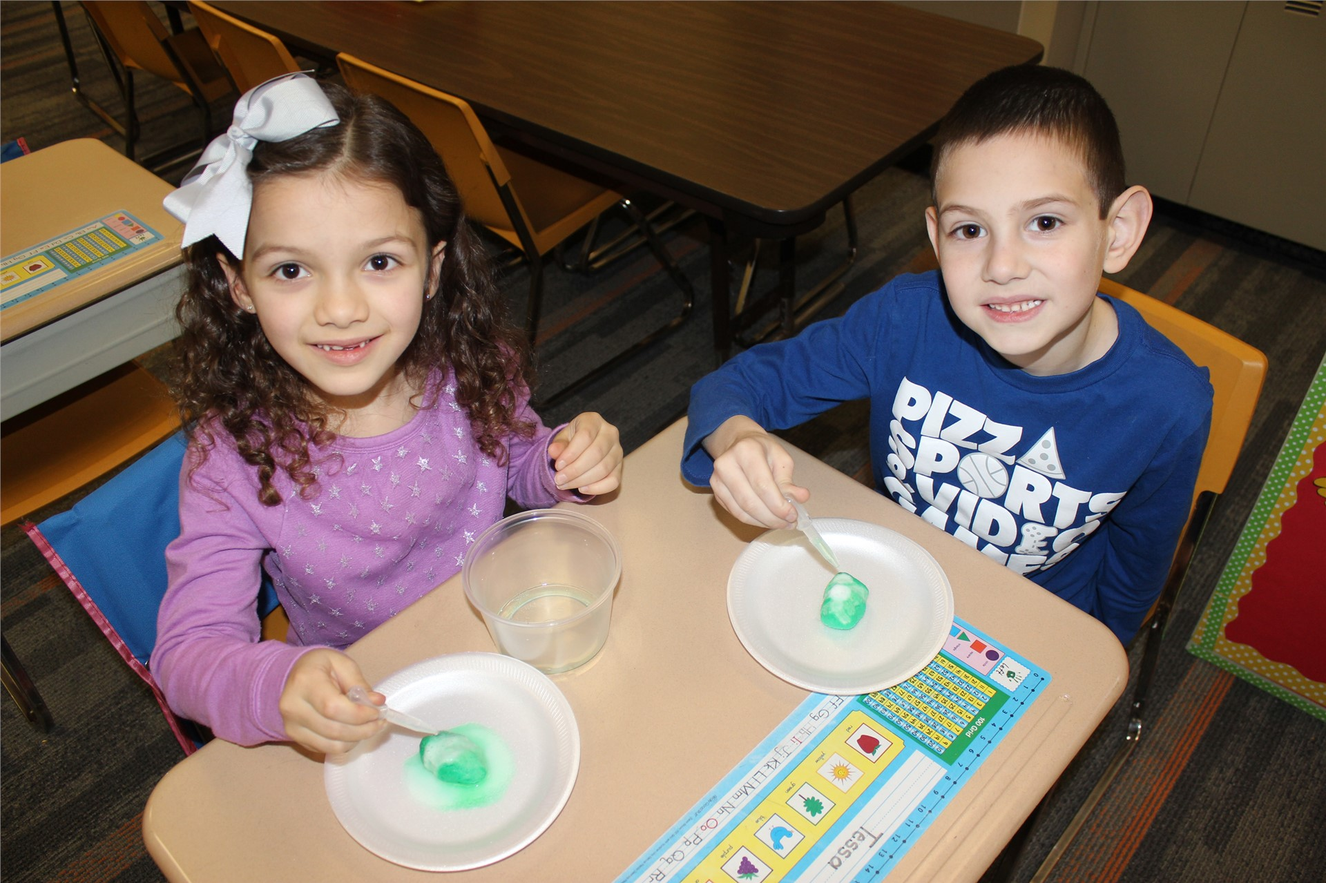 First Graders participate in Dr. Seuss-themed STEAM activities
