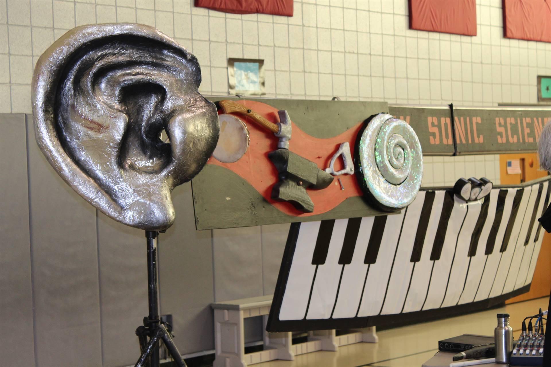 Squonk Opera assembly backdrop