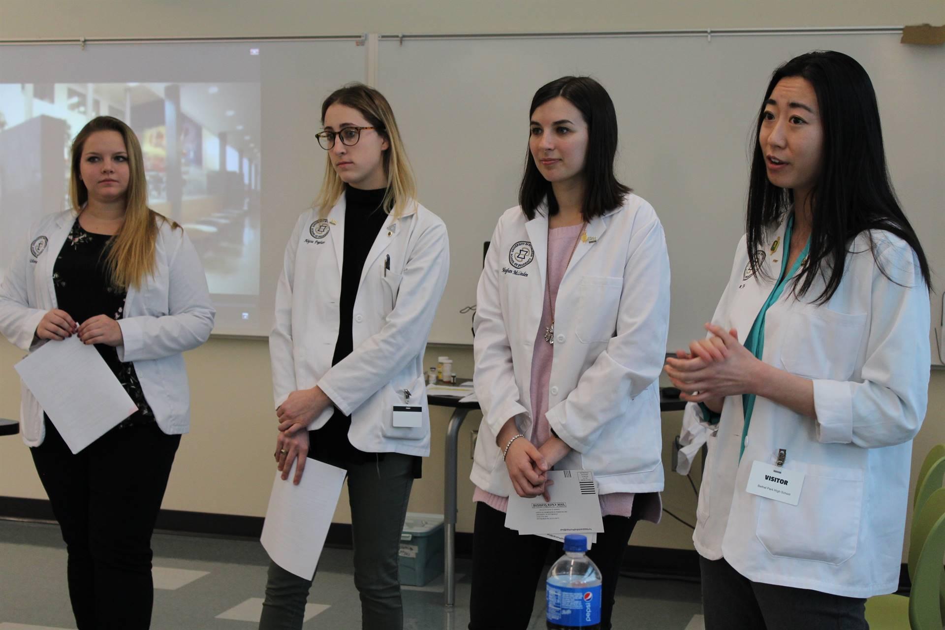 Pitt Pharmacy students talk to BPHS students