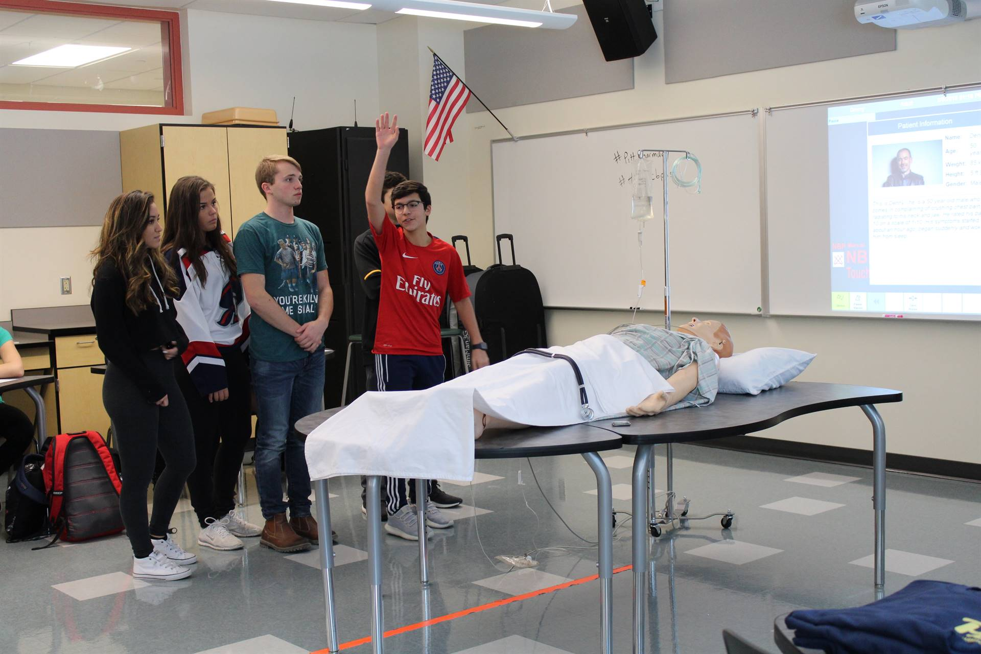 BPHS students volunteer for the Sim Man exercise
