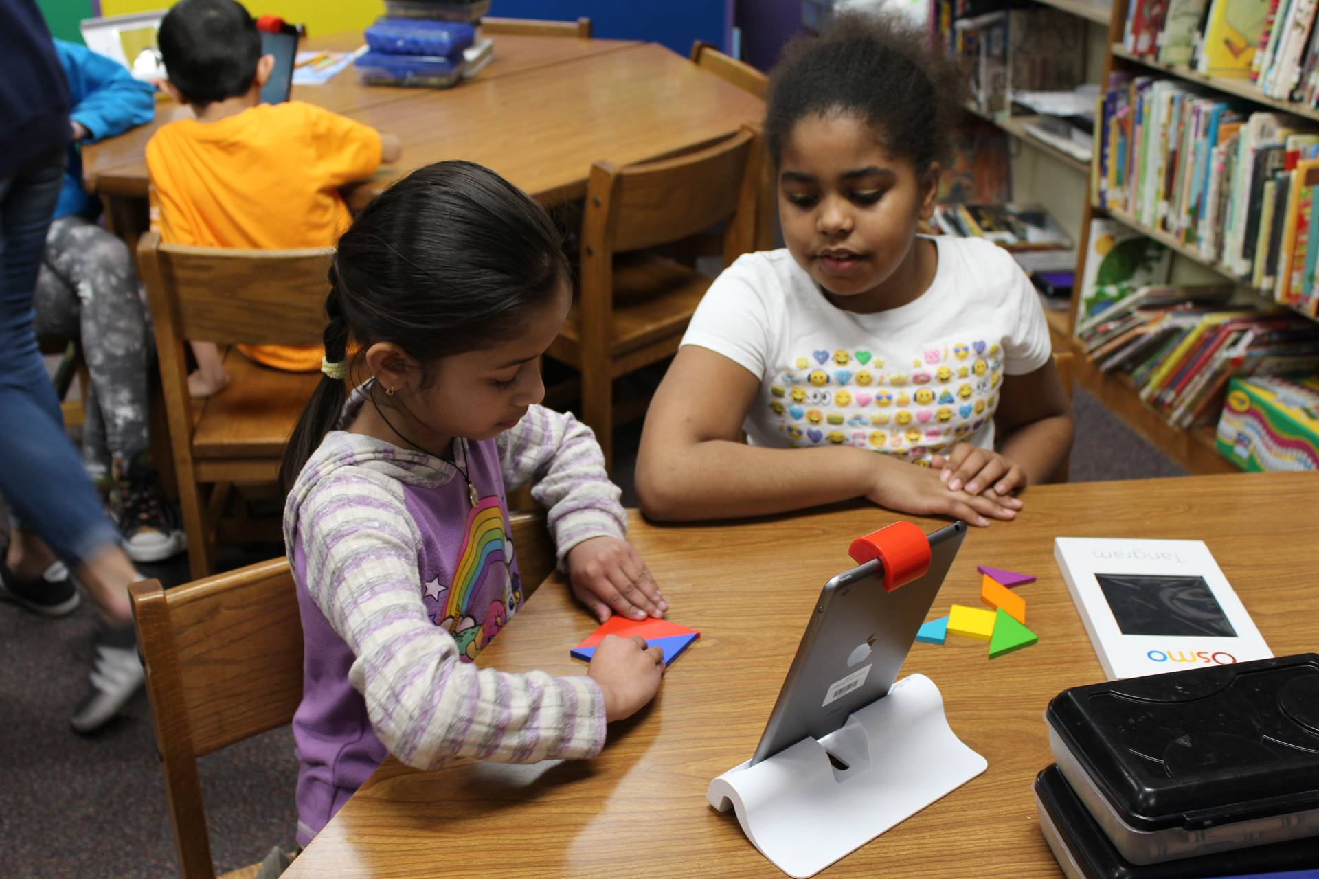 Students using OSMO at Lincoln Learners