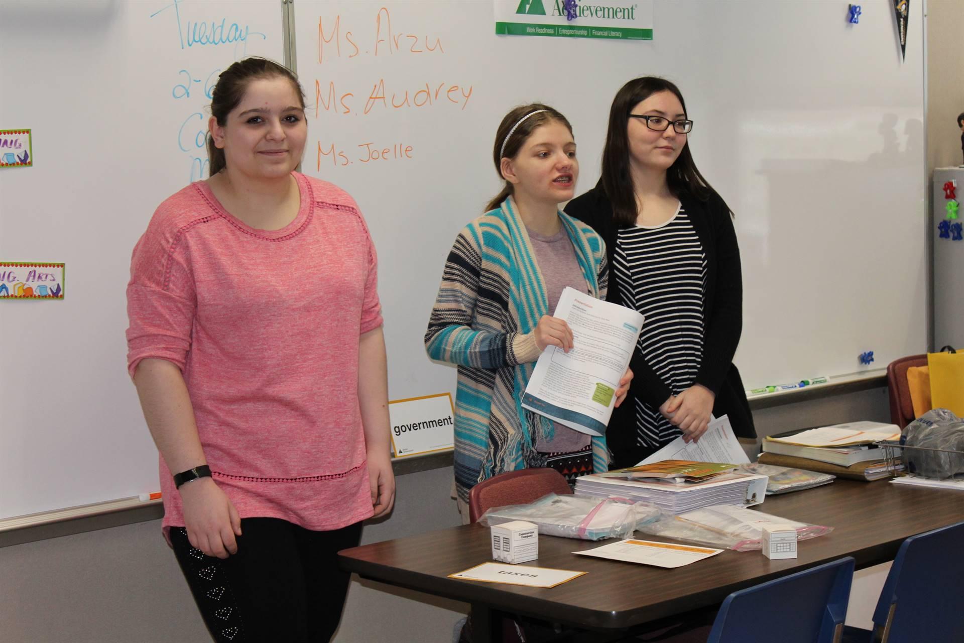 BPHS students teaching a lesson