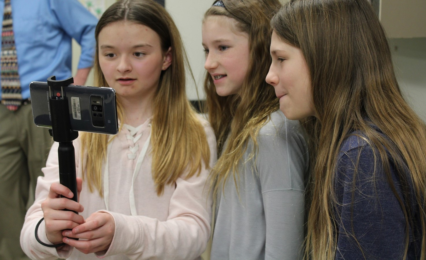 NAMS Students Pilot The New Google Expeditions App