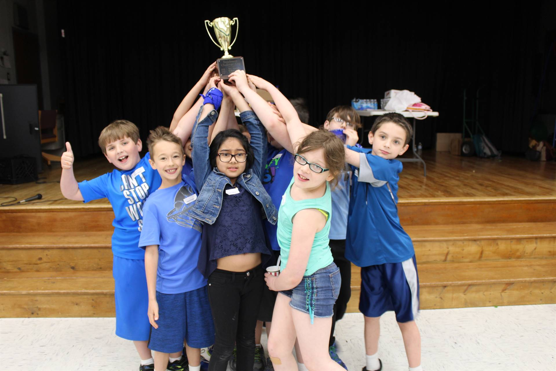 Memorial students with the Elementary Gifted Challenge Cup