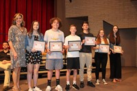 six students and Mrs. Schipani for the Spanish Awards