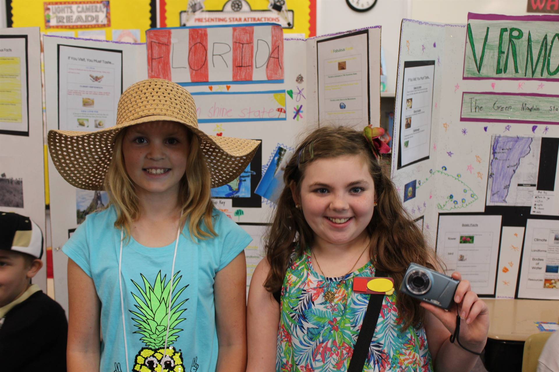 Two students dressed like Florida tourists for the State Fair