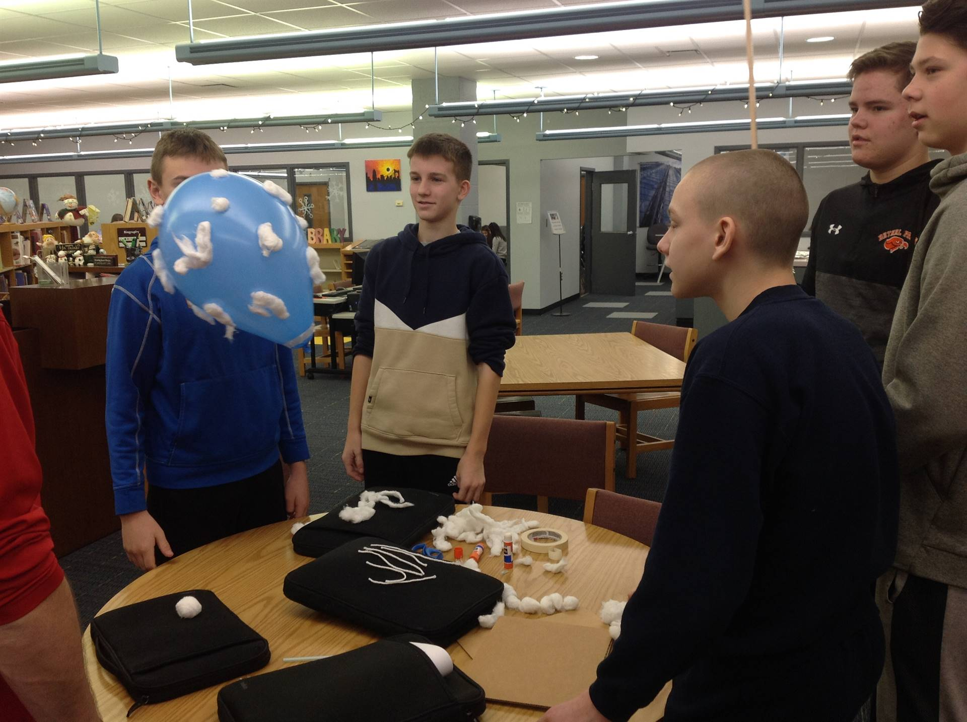 Mr. Schaum's 8th Grade Buoyancy Project - Team Freedom